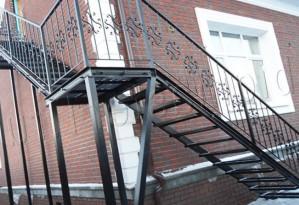 Металлические лестницы - превосходное дополнение любого интерьерного решения