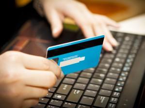 Как получить займ на выгодных условиях: преимущества оформления через интернет