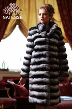 Шуба из шиншилы - модно и стильно.