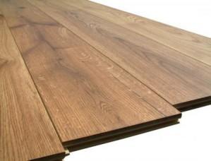 Доска из массива дерева - лучший вариант настила для любого помещения