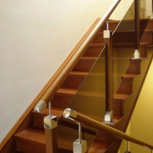 Лестницы на заказ в г.Уфа: виды и секреты выбора
