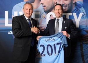 Eaton объявляет о начале долгосрочного партнерства с футбольным клубом «Манчестер Сити» в области энергосбережения