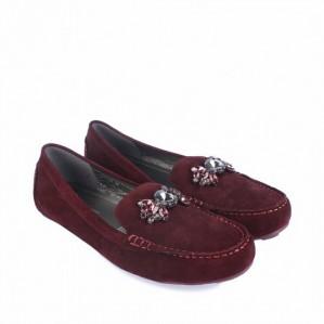 Женские мокасины - универсальный вариант обуви для прохладной погоды