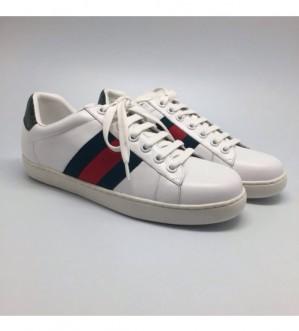 Каким образом купить брендовую обувь по доступной цене?