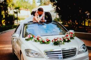 Аренда свадебного автомобиля: особенности и достоинства